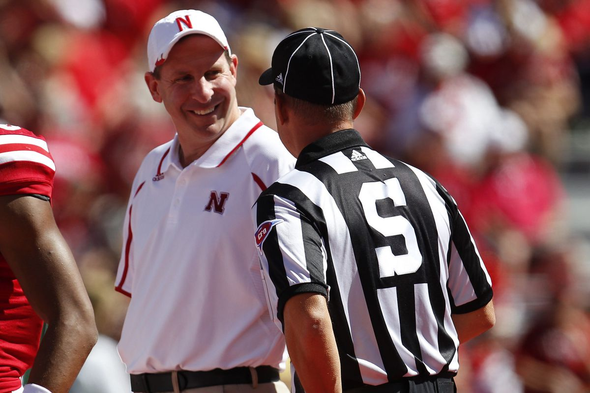 Hey, Bo doesn't hate all referees