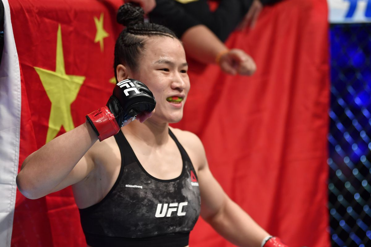Weili Zhang faces Rose Namajunas in the co-main event of UFC 261