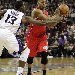 Los Angeles Clippers guard Randy Foye, right, protects the ball from Sacramento Kings guard Tyreke Evans during the first quarter of an NBA basketball game in Sacramento, Calif., Thursday, April 5, 2012.