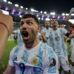 Aguero channels his inner Maradona