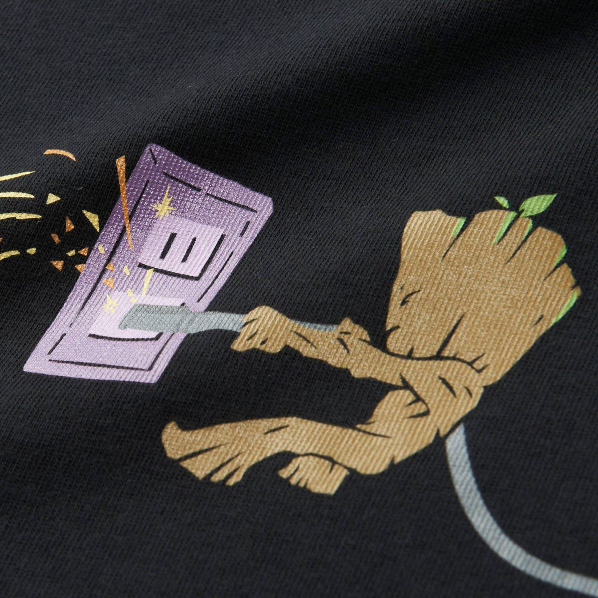 Uniqlo UTGP 2018 Guardians of the Galaxy T-shirt - close-up of Groot on back