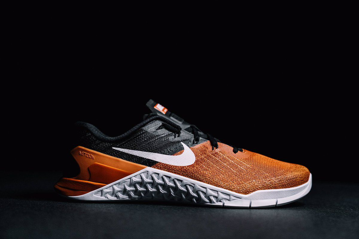 d851b536 LOOK: Texas players receive custom Nike Metcon workout shoes - Burnt ...