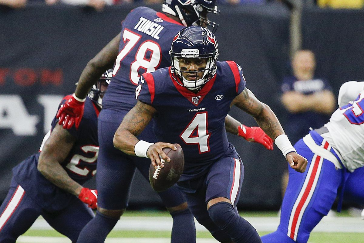 Deshaun Watson of the Houston Texans runs with the ball against the Buffalo Bills during the AFC Wild Card Playoff game at NRG Stadium on January 04, 2020 in Houston, Houston won 22-19 in overtime.