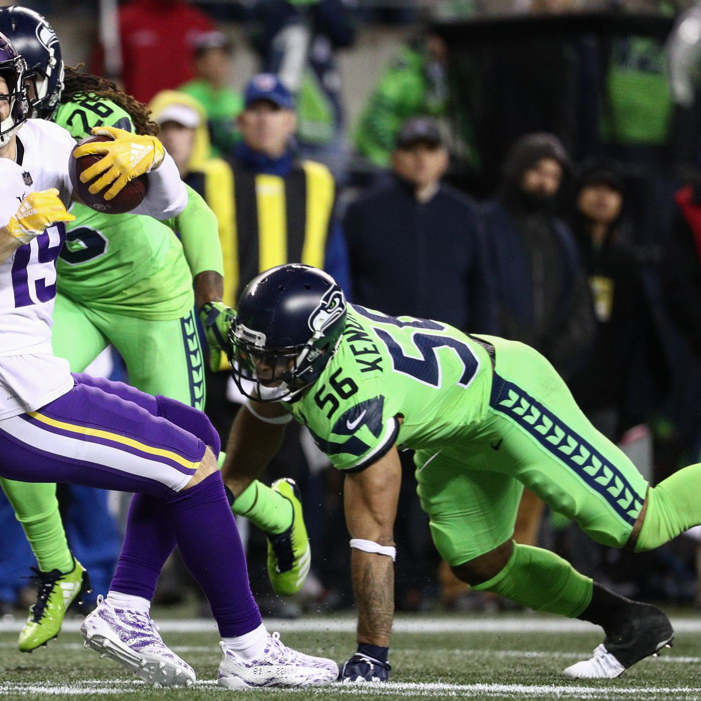 b9ca4d458 Report: Seahawks lose Mychal Kendricks for the season with broken tibia