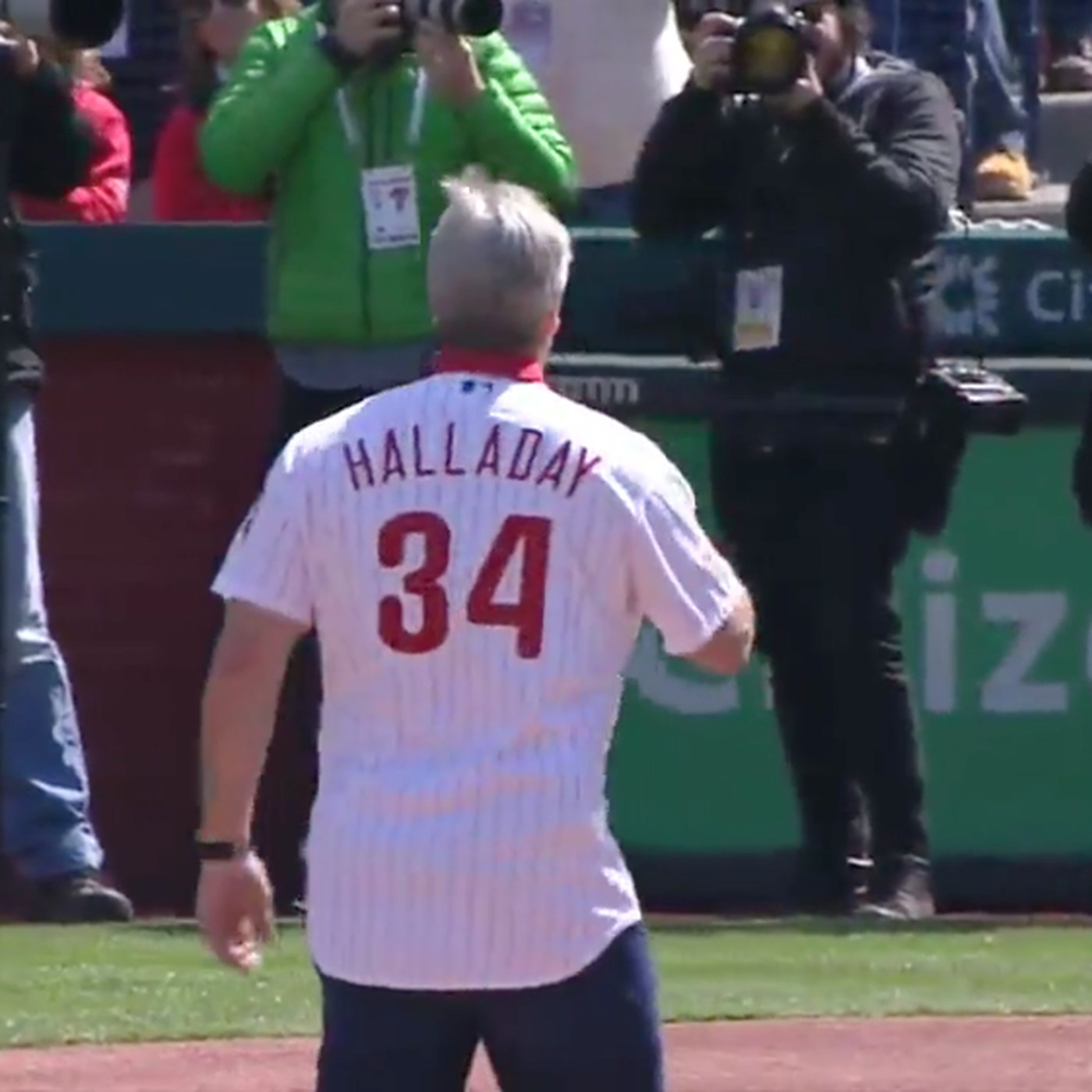 Doug Pederson threw out the first pitch for the Phillies in a Roy Halladay  jersey d440946352f