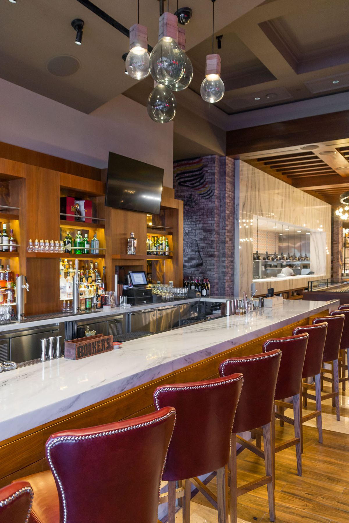 The bar at Masso Osteria