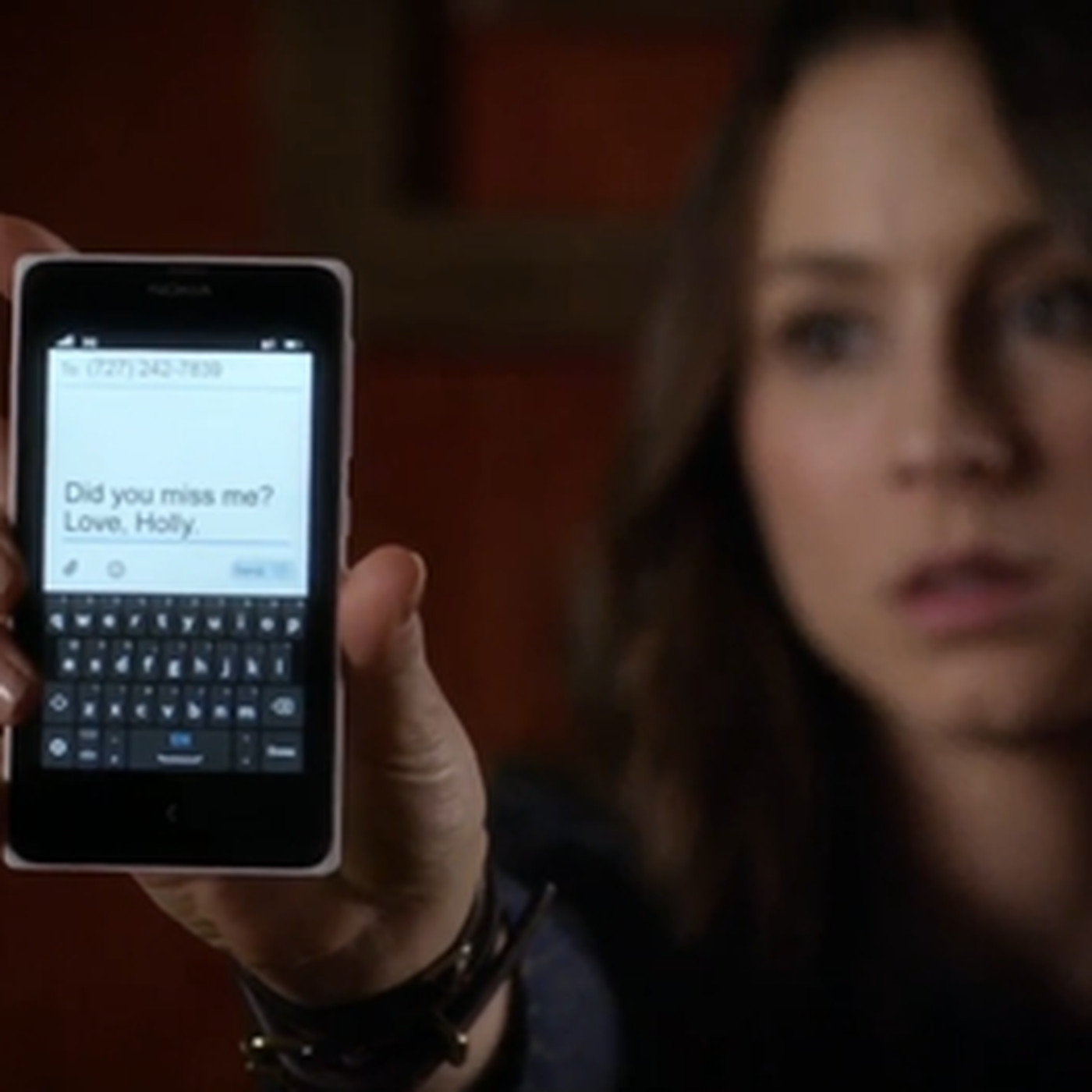 Goodbye To Pretty Little Liars The Show That Defined Smartphone