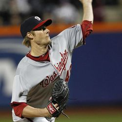 Washington Nationals starting pitcher Ross Detwiler delivers against the New York Mets in the second inning of a baseball game in New York, Tuesday, April 10, 2012.
