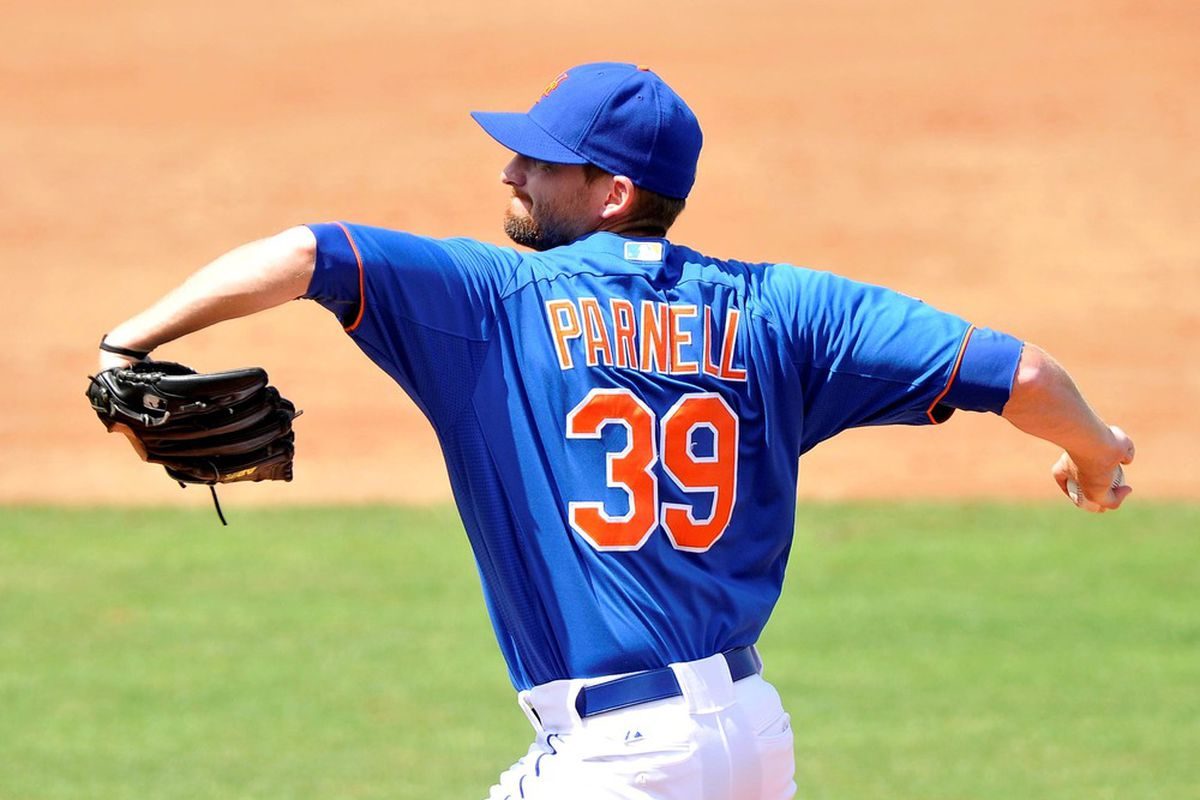 March 27, 2012; Port St Lucie, FL, USA;   New York Mets relief pitcher Bobby Parnell (39) throws a pitch during a spring training game  against the Atlanta Braves at Digital Domain Park. Mandatory Credit: Brad Barr-US PRESSWIRE