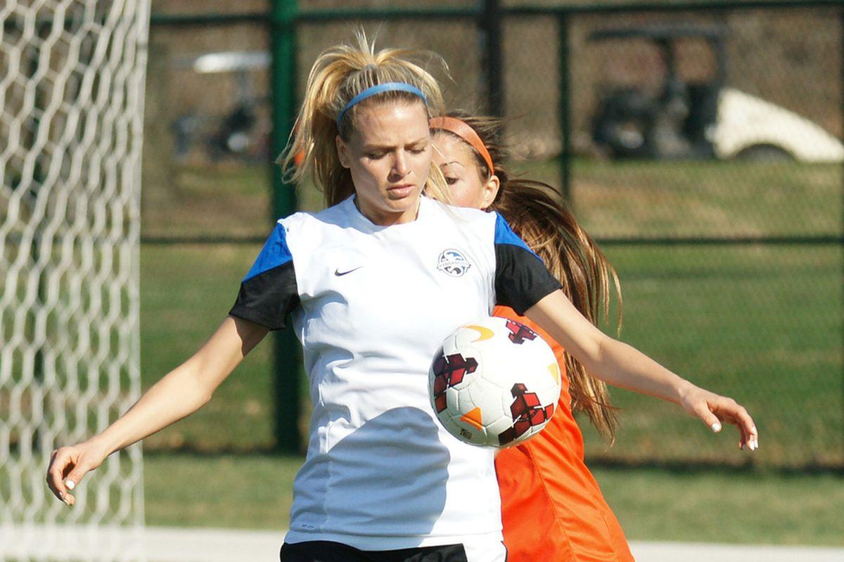 FC Kansas City's Melissa Henderson had a strong second half