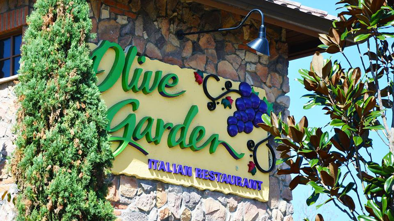 Chicago 39 S First Olive Garden Opens In 6 Days Eater Chicago