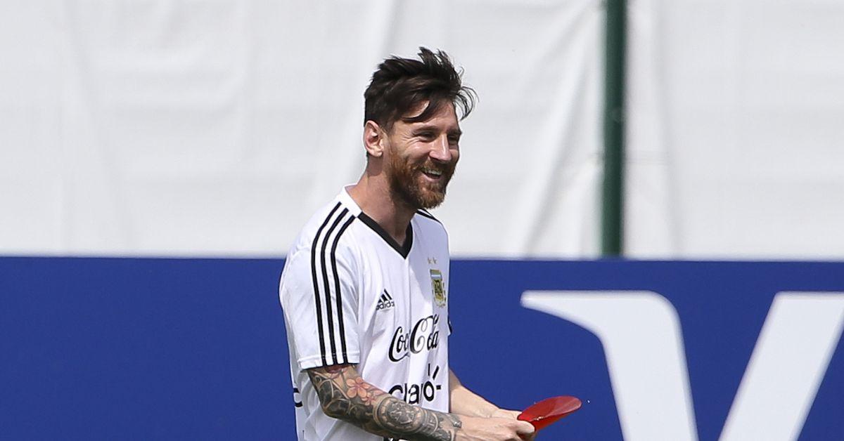 Suarez, Puyol and Neymar send birthday messages to Messi
