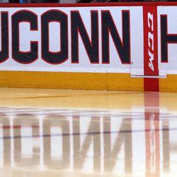 Quinnipiac Bobcats @ UConn Huskies