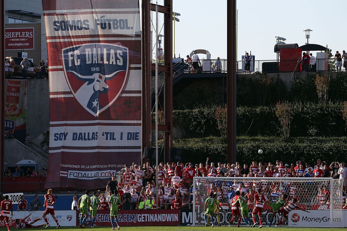 FRISCO, TX - SEPTEMBER 02:  A general view of play between the Seattle Sounders FC and the FC Dallas at FC Dallas Stadium on September 2, 2012 in Frisco, Texas.  (Photo by Ronald Martinez/Getty Images)