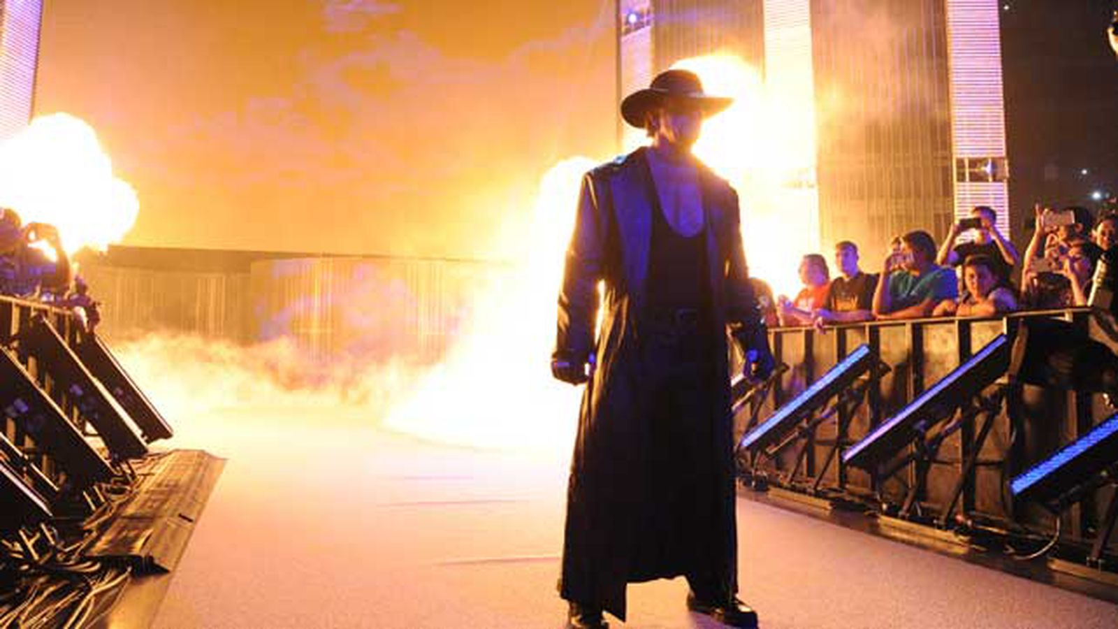 Undertaker returning for U.K. SmackDown taping