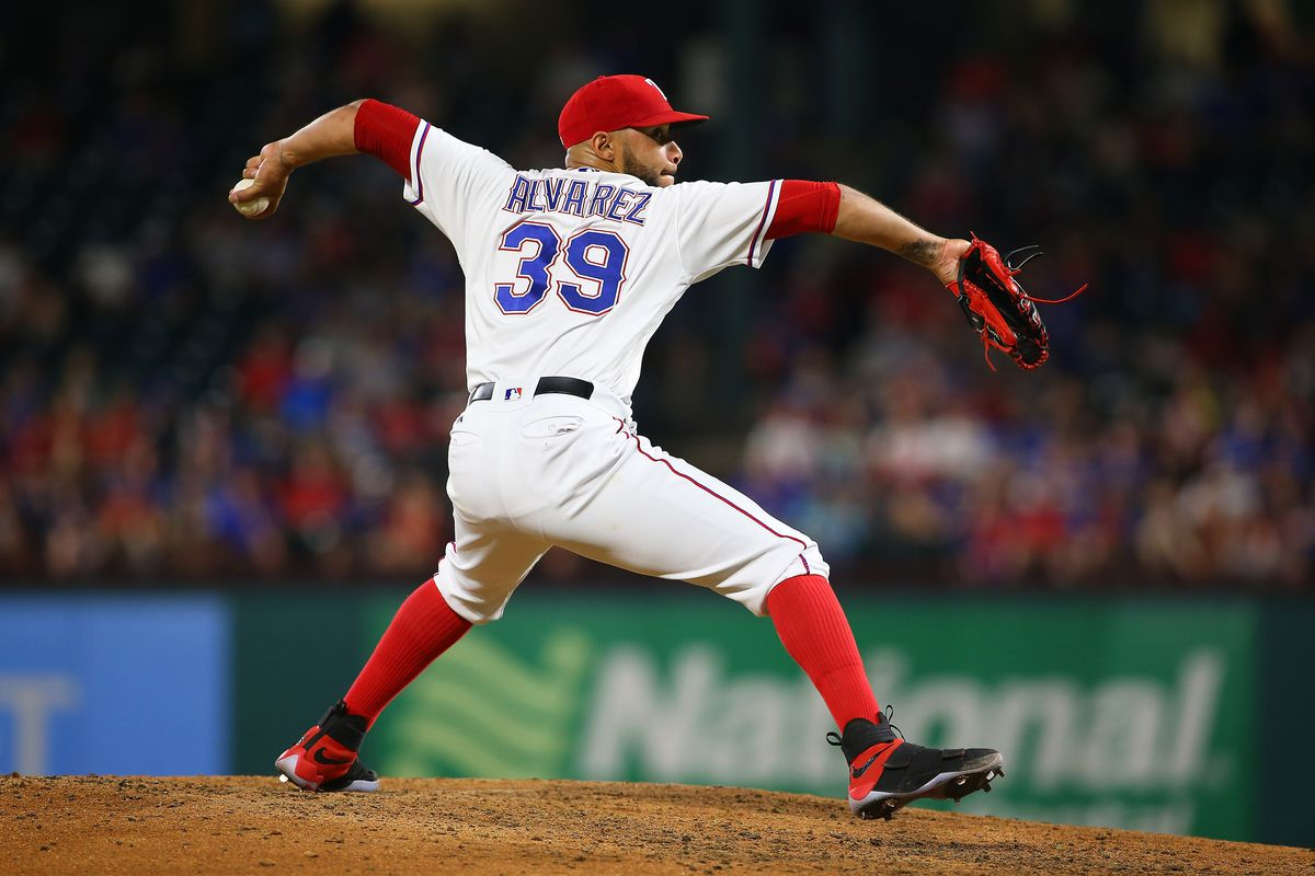 ARLINGTON, TX - JUNE 07: Dario Alvarez #39 of the Texas Rangers throws in the eight inning against the New York Mets at Globe Life Park in Arlington on June 7, 2017 in Arlington, Texas. (Photo by Rick Yeatts/Getty Images)