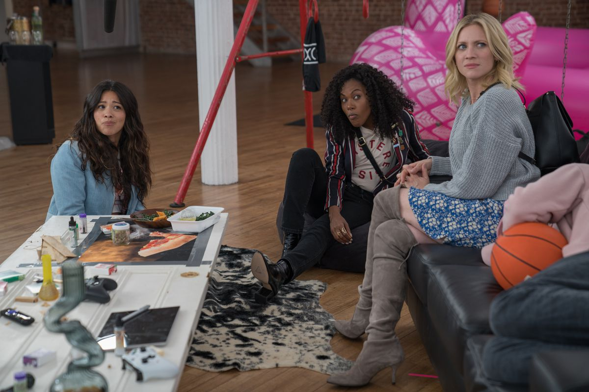 Gina Rodriguez, DeWanda Wise, and Brittany Snow in Someone Great