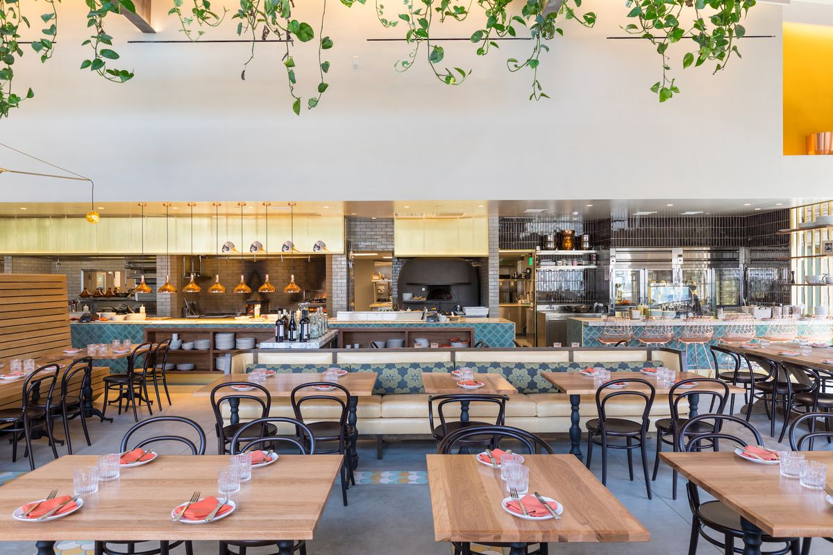 Five Restaurants To Try This Weekend In Los Angeles Eater La Lae Cafes Rainy