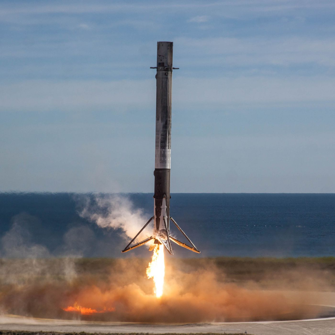 For the first time ever, a SpaceX Falcon 9 rocket fails to stick a