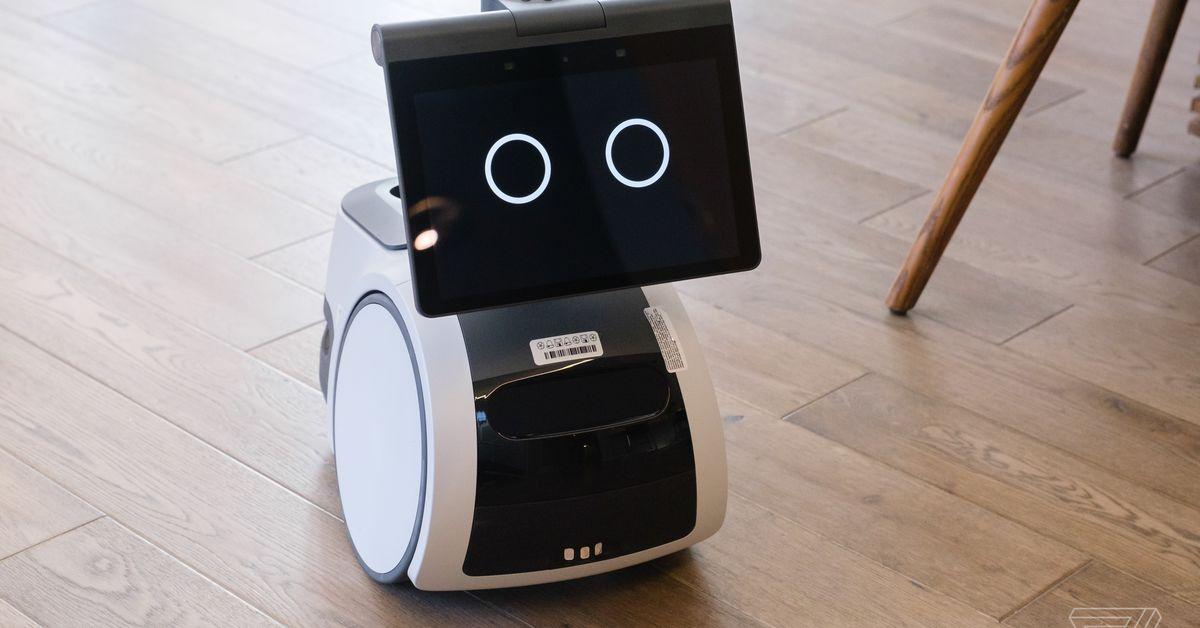 Amazon astro home robot 4773 9