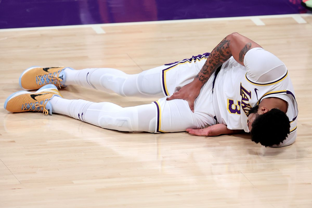Anthony Davis injury impact: Can Lakers still defeat Suns in first-round series without All-Star PF? - DraftKings Nation