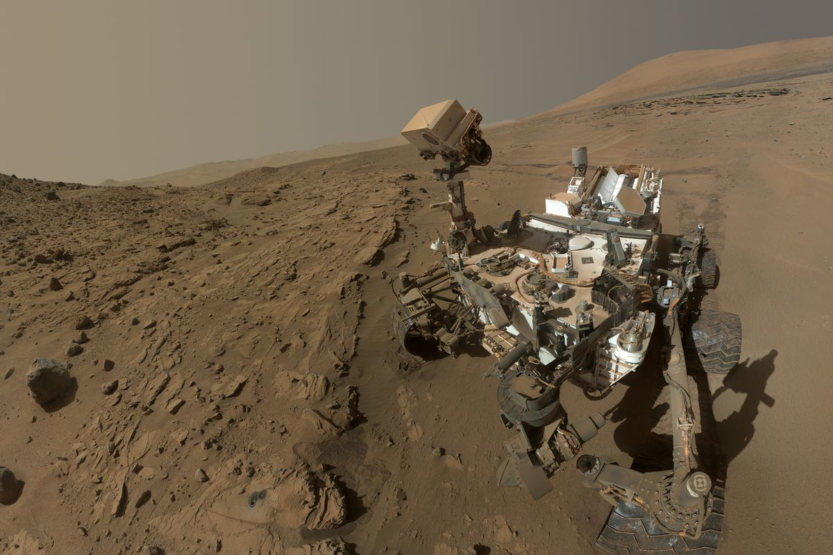 Curiosity at the 'Windjana' Drilling Site