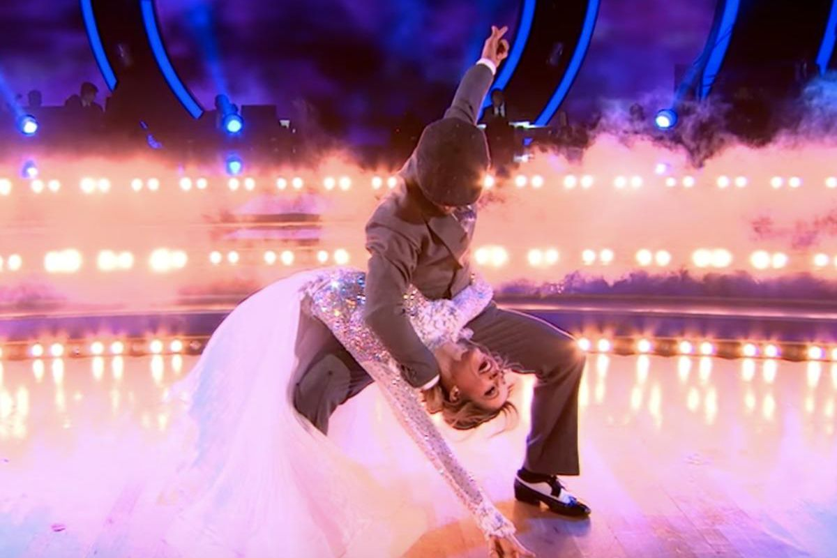 Lindsey Stirling and Mark Ballas strike the final pose of their first performance of the night.