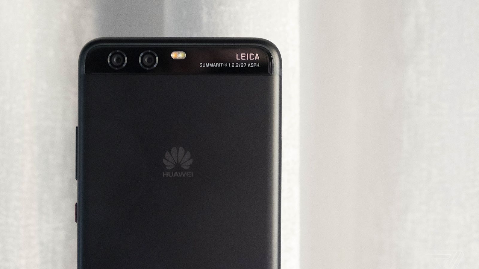 Can The Huawei P10s Leica Style Portraits Beat The IPhone 7 Plus