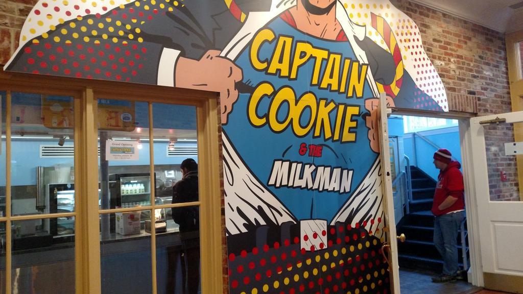 Captain Cookie's facade