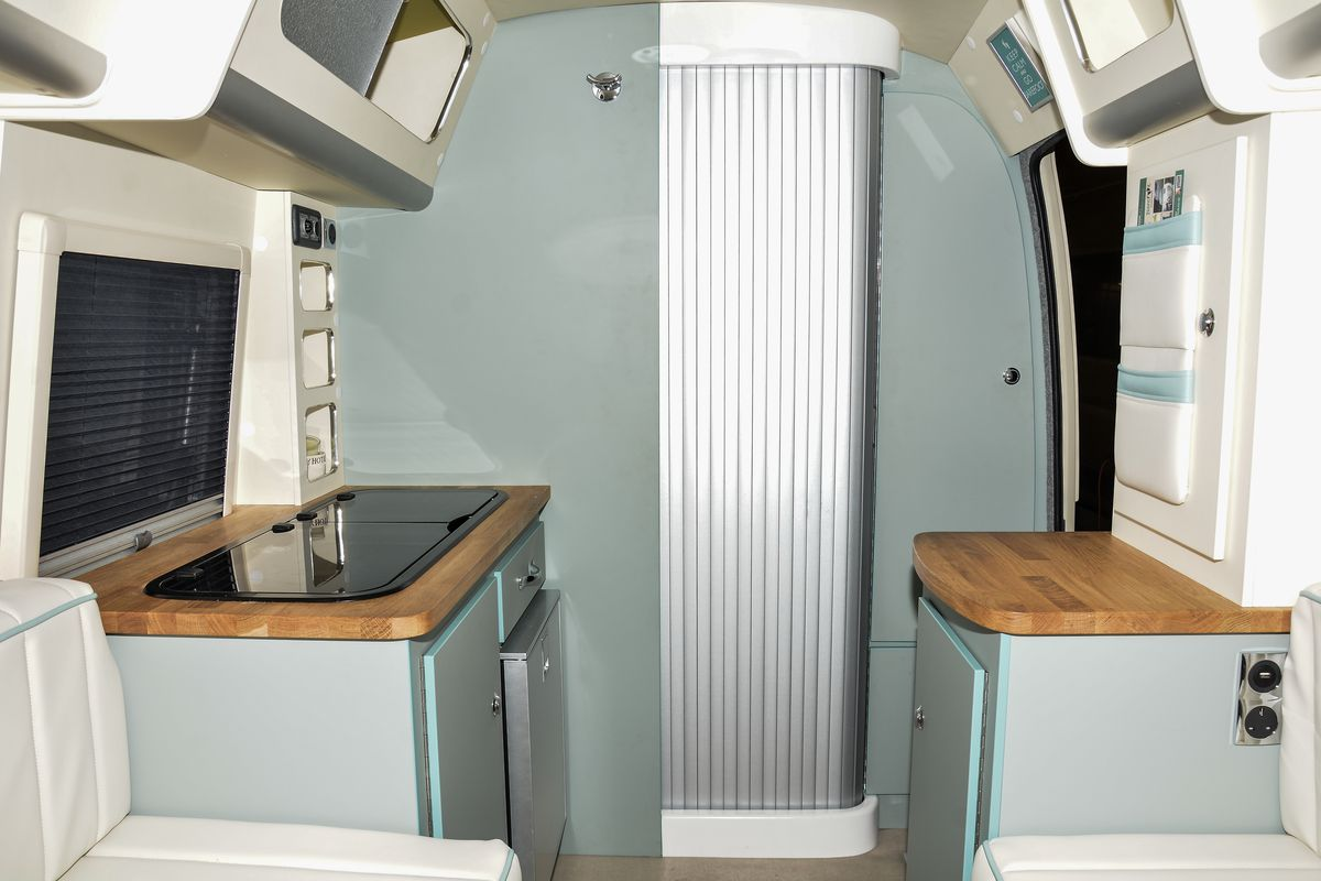 Camper trailer combines retro style with modern amenities - Curbed