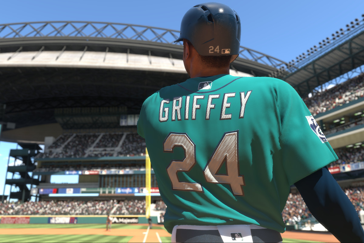 MLB The Show 17 - Ken Griffey Jr. swing at Safeco Field