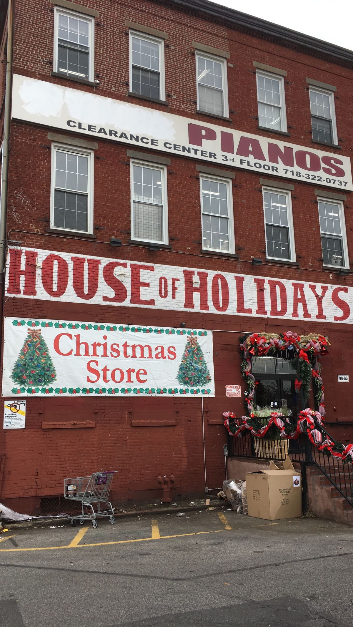 house of holiday in ozone park kaitlyn tiffanyvox