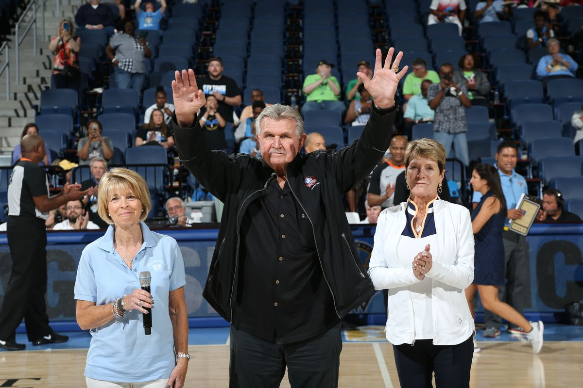 Mike Ditka has high expectations for Bears this season