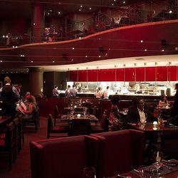 The dining room at Gordon Ramsay Steak.