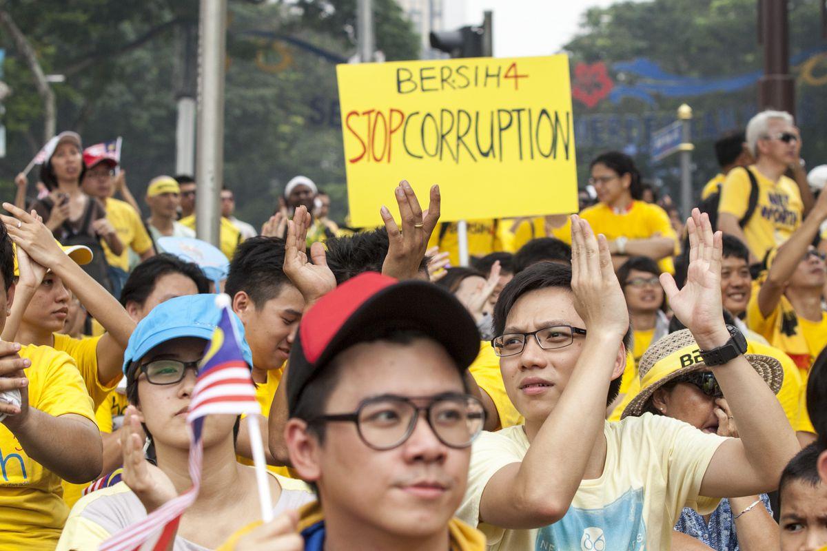 Malaysians Hold Mass Rally To Demand Resignation Of Prime Minister Najib Razak