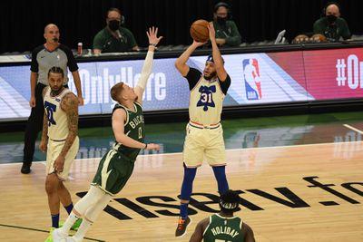 Philadelphia 76ers v Milwaukee Bucks
