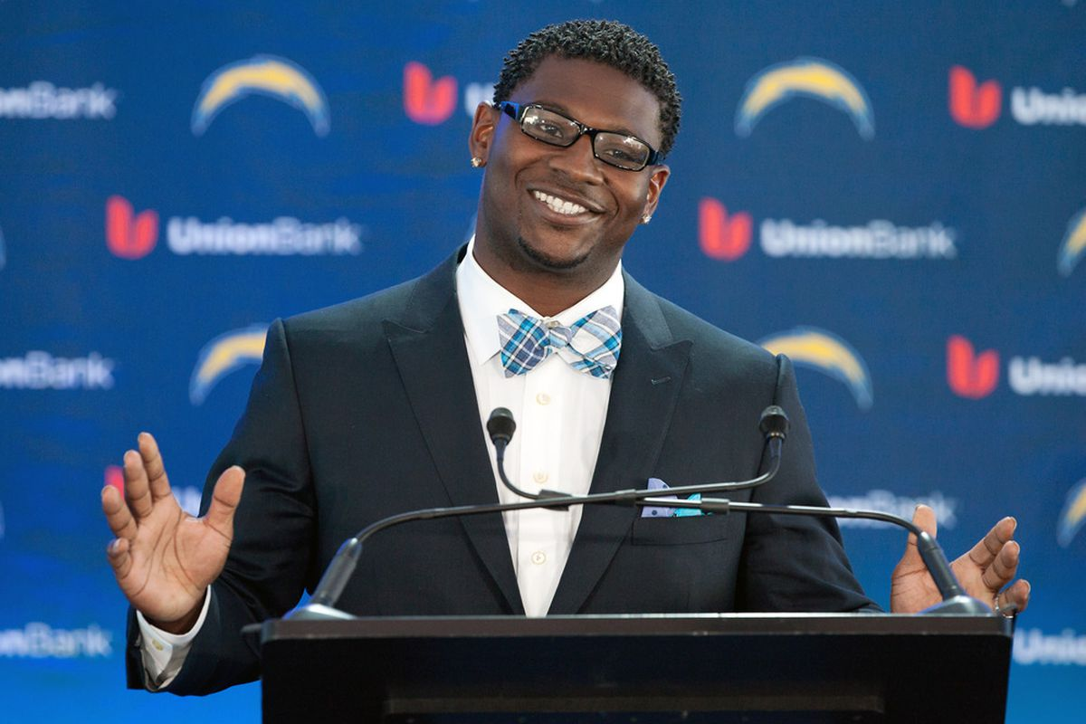 SAN DIEGO, CA - JUNE 18:  LaDainian Tomlinson announces his retirement from professional football, after signing a one-day contract with the San Diego Chargers  (Photo by Kent C. Horner/Getty Images)