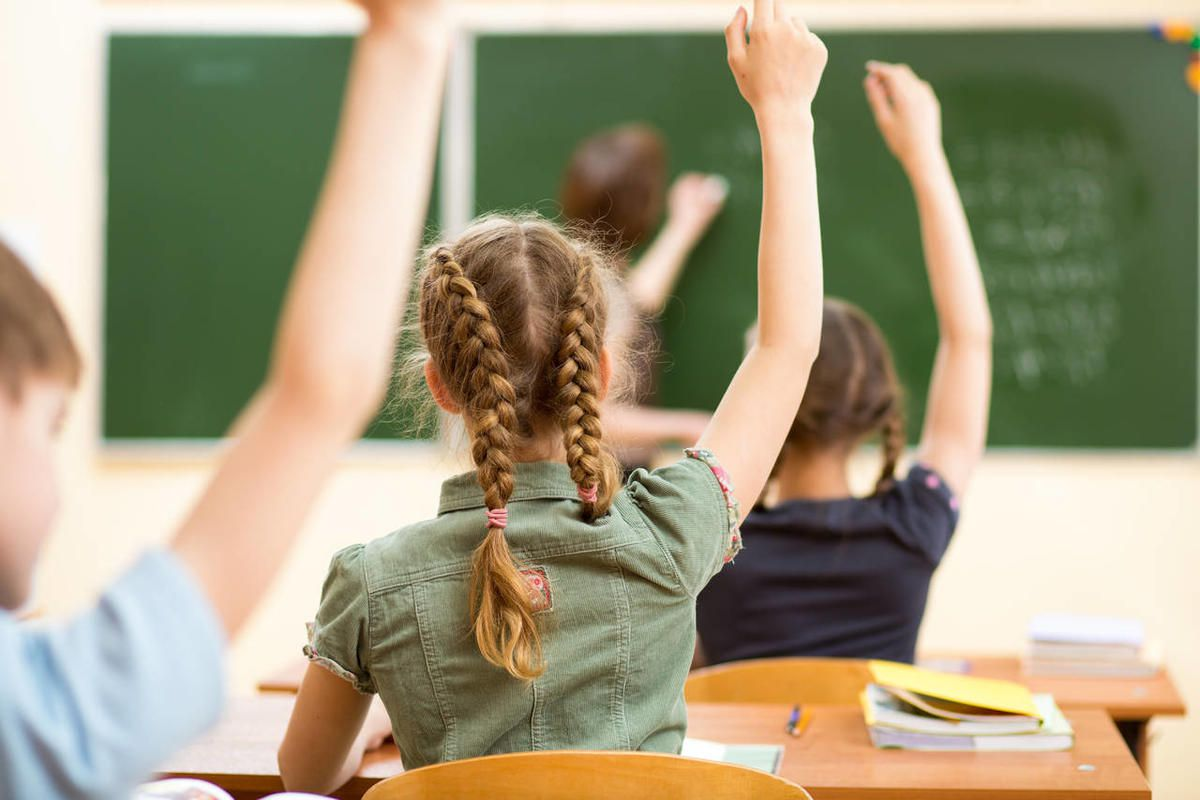 A new survey of Utah political insiders shows bipartisan support for maintaining the Common Core State Standards.