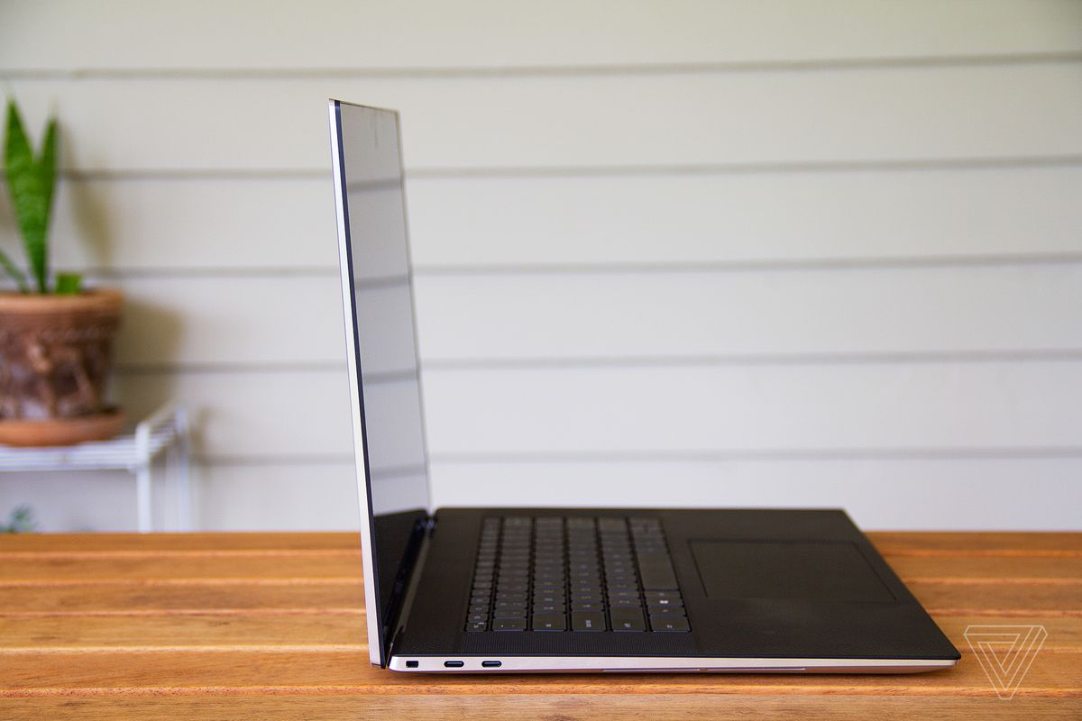 The XPS 17 on a table from the side.
