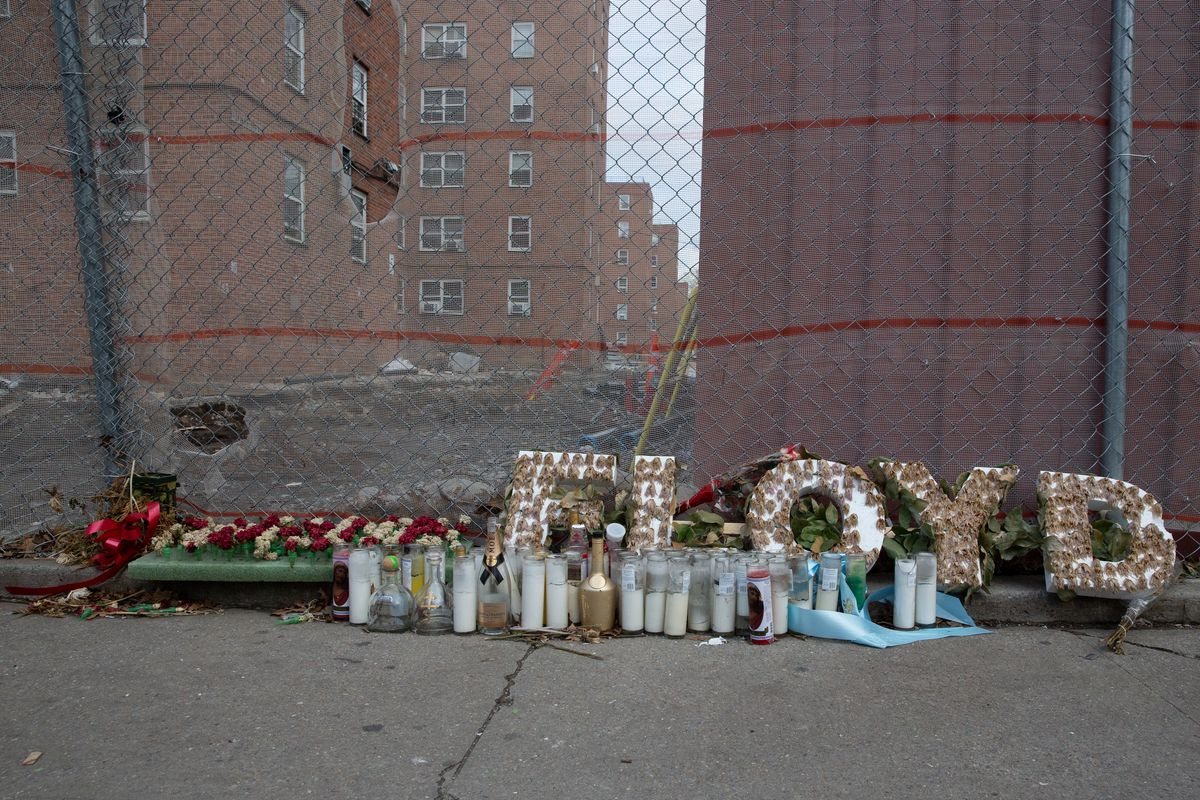 There was a memorial at the Red Hook houses next to where a young man was fatally shot the previous month, Jan. 27, 2021.