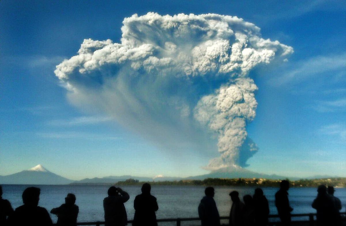 Chile\'s Calbuco volcano just erupted violently — and it\'s caught on ...