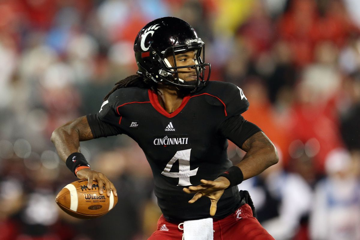 Too bad Munchie Legaux has graduated. Having him around would be a point in Cincy's favor.