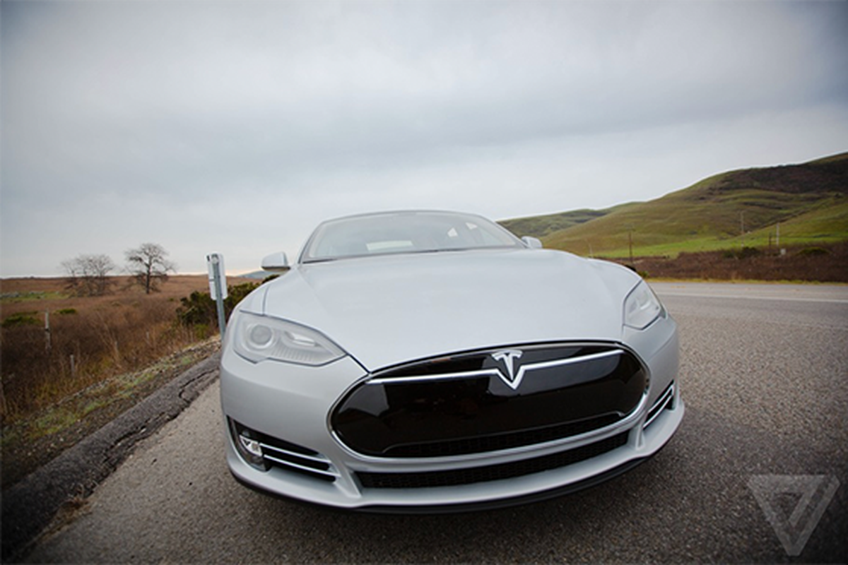 Tesla driver killed in crash with Autopilot active, NHTSA ...