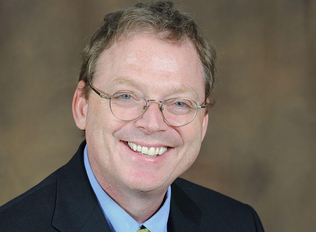 Headshot of Kevin Hassett