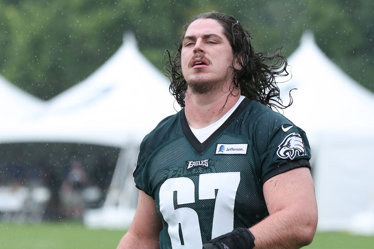 big sale a065b 102aa Eagles, Dennis Kelly agree to contract extension - Bleeding ...