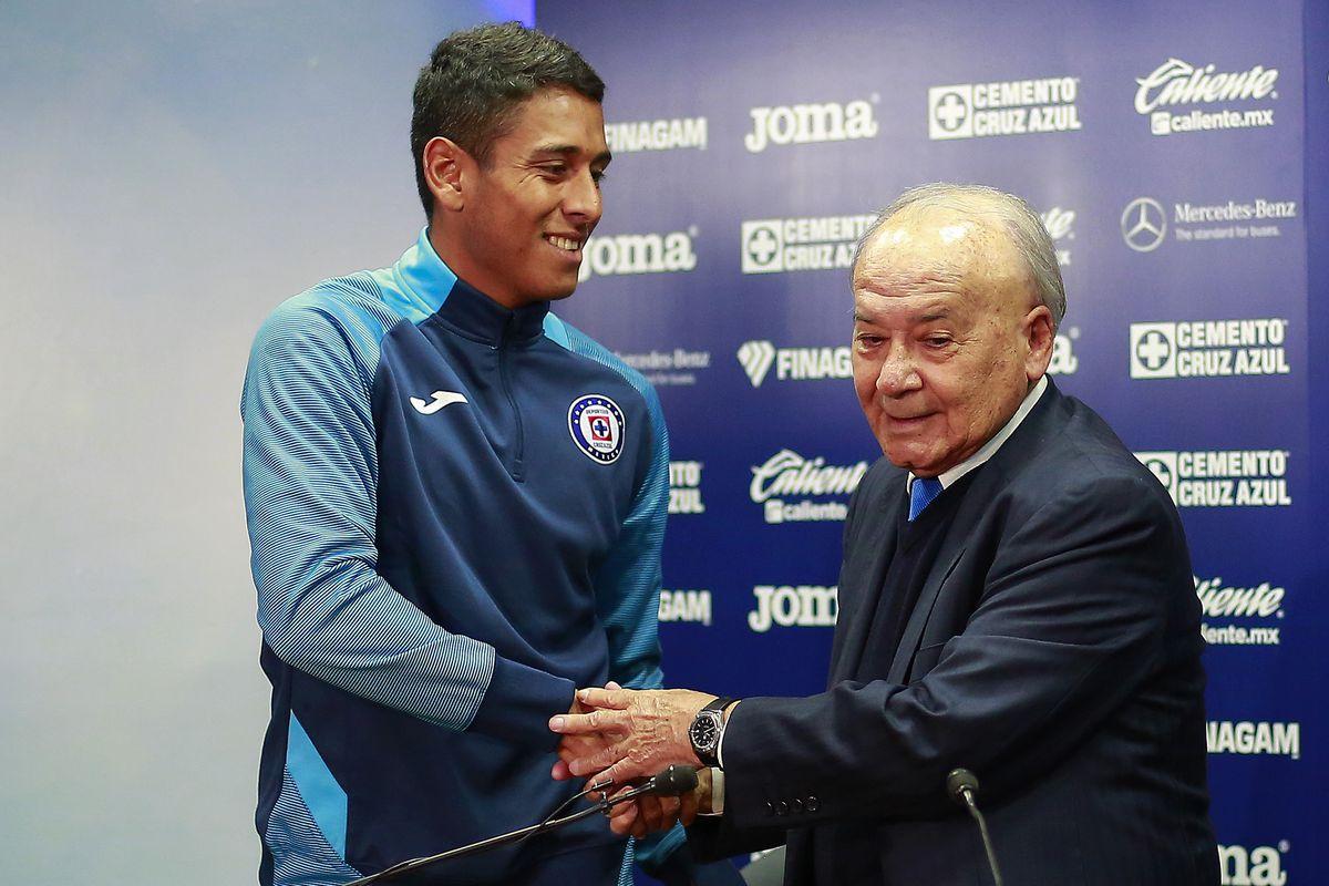 Cruz Azul Unveils New Signings