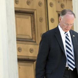 Governor Robert Bentley, leaves the Alabama Capitol Building on Monday, April 10, 2017, in Montgomery, Ala.  Bentley was expected to resign Monday rather than risk impeachment over allegations he abused his powers to cover up an extramarital affair with a top aide, a former administration member said. (Albert Cesare/The Montgomery Advertiser via AP)