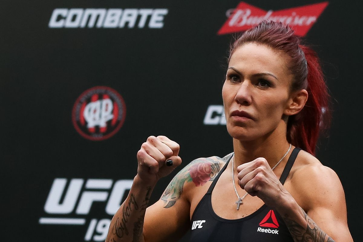 Germaine De Randamie's Manager Says Champ Refuses to Fight