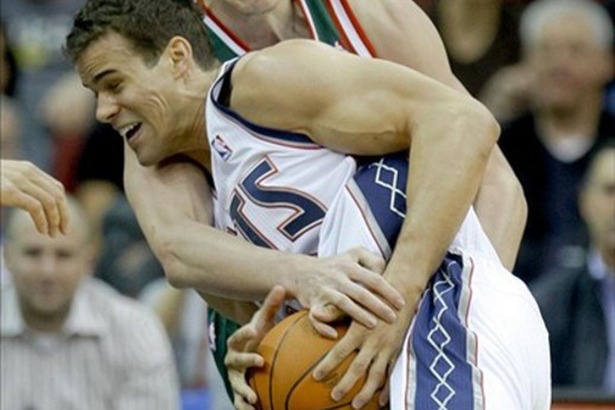 Ersan Ilyasova could end up taking Kris Humphries' old job with the Nets.
