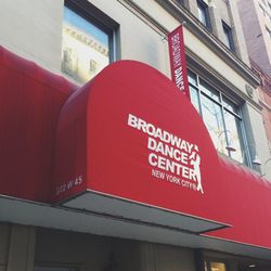 Stopped by <b>Broadway Dance Center</b> for some yoga and ballet today. I also love their jazz, theater, and hip hop classes. Dance has always been such a big part of my life. I just love it, and I'm gonna keep on dancin'.